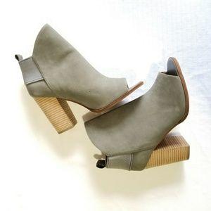 Kelsi Dagger Brooklyn Gray Leather Gemma Leather O